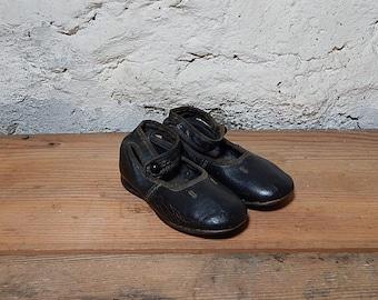 Antique Childs Shoe Side Button Shoe Leather Button Shoe Victorian Style Shoe.