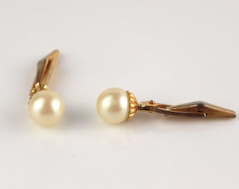 Simple Gold Tone Faux Pearl Design Cufflinks with Flip Backs Cuff Links Metal