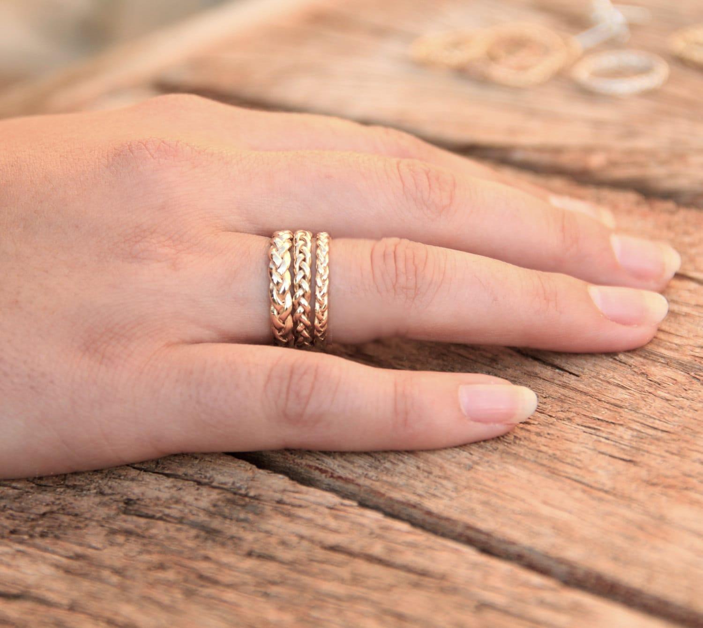 New Gold Wedding Ring Set In Nigeria
