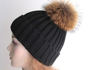 Raccoon Fur PomPom Cap Beanie Black Skull Hat fall winter Knit Hand Made Accessory