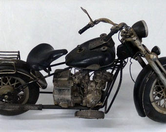Rare One-Of-A-Kind Classic Harley Davidson Knucklehead  or Indian Motorcycle Art Sculpture