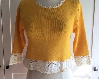 1970s Sunshine Yellow Cropped Sweater with Crochet Trim, Pull on Yellow Jumper with Contrasting White Crochet Trim