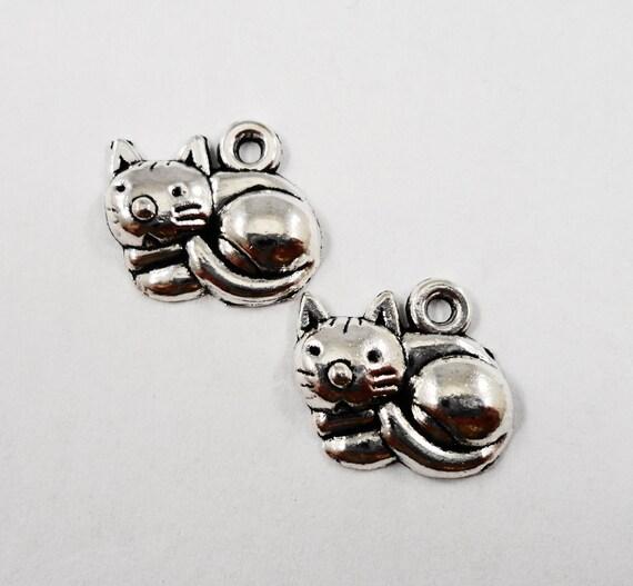 Silver Cat Pendants 15x13mm Antique Silver Cat Charms, Kitty Charms, Animal Charms, Pussy Cat Charms, Feline Charms, Pet Charms, 10pcs