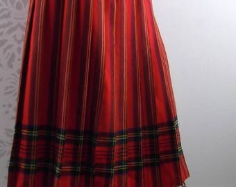 RETRO PLAID SKIRT 1980's Red Pleated Edingurgh Woolen Mill Size Small