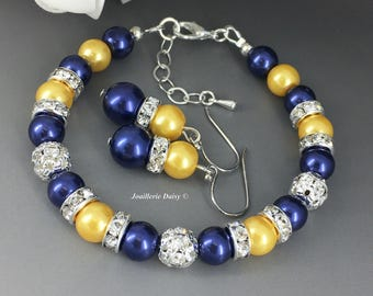 Yellow and Navy Bracelet Pearl Jewelry Bridesmaids Gift Maid of Honor Bracelet Bridesmaid Bracelet, Navy Yellow Blue Jewelry Gift for Her