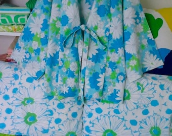 Blossom Festival Kimono Robe Upcycled Clothing Plus Size Pajamas Vintage Sheet Cannon Monticello Turquoise Blue Bright Green Beach Cover Up