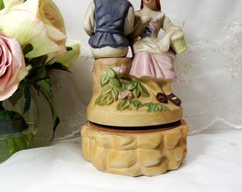 Vintage 1970s, Memobilia Ceramic Music Box By Price, Plays Movie Love Story Theme Song Where Do I Begin