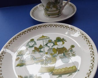Very Collectable Little 1960s Norwegian FIGGJO FLINT Market Trio: Cup, Saucer and Side Plate