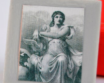 tile magnet with Roman Greco lady in grey black and white