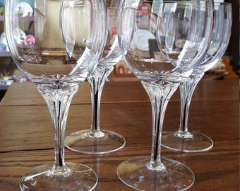 Belfor Exquisite Claret Wine Glasses: Set of 4 (four)