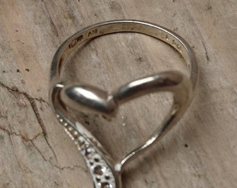 Vintage sterling silver witches heart ring