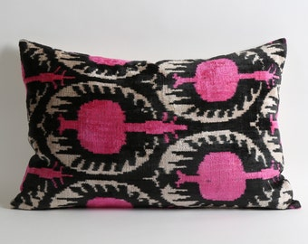 Pink Ikat Pillow Cover - 16x24 inch Pink Black White Ikat Pillows Decorative Pillow Pink Accent Pillow Pink Couch Pillows Sofa Large Pillows