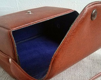 Vintage leatherette case camera Old photos accessory Pouch film camera bag Storage cameras Retro leatherette cases Photography accessories