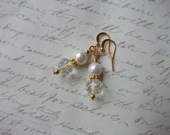 Pearl and crystal gold earrings