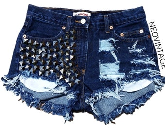 Distressed High Waisted Fringed Silver Pyramid Studded Denim Vintage Hipster Shorts