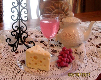 White Zinfandel, Cheese Wedge and a cluster of Grapes Candle Platter!