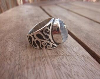 Rainbow Moonstone Artisan Design Ring Handmade Sterling Silver Jewel Semi Precious Gemstone White Labradorite Size 8