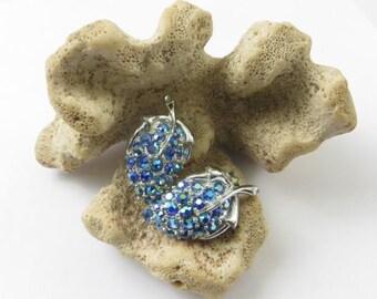 Brilliant Bright Blue Grape Cluster, Leaf Shaped Rhinestone Earrings, Mid Century, Iridescent, Silver Tone Setting