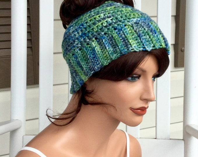 Messy Bun Beanie, Ponytail Hat in Greens and Blues, Warm Bun Hat for Women or Teens, Winter Hat for Runners, Crochet Ponytail Hat