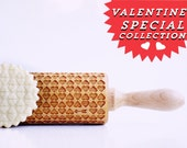 Rolling Pin engraved HEARTS - embossing rolling pin, laser engraved rolling pin. <3 Valentines gift