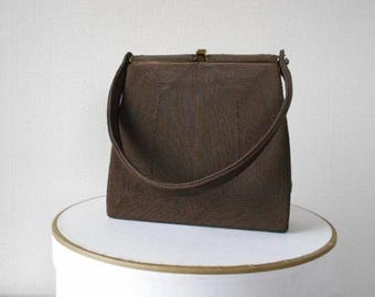 Vintage Handbag 1950s Brown Corde Bag Brass Frame Snap Fastener Textured Finish Inside Pockets Purse Single Top Handle Fifties Fashion
