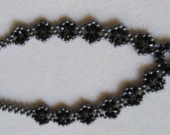 HandMade Majestic beadwork necklace pearl and bicone black and silver beads