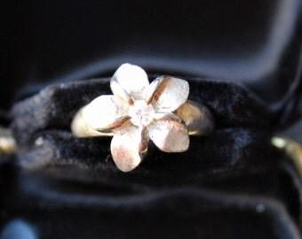 On Sale!! Sterling Silver CZ HAWAIIAN Plumeria Flower RING Sz. 7