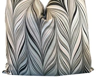 Schumacher Mary McDonald  Firenze Blush Conch  w/Linen on Reverse Decorative Pillow Cover