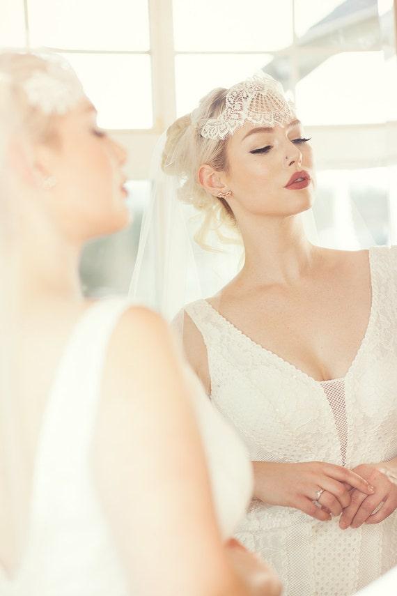 light ivory ballet length juliet veil;juliet style ivory bridal veil;ivory ballet length veil
