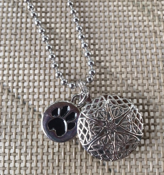 items similar to dog cat paw essential oil diffuser necklace aromatherapy necklace as0591 on etsy. Black Bedroom Furniture Sets. Home Design Ideas