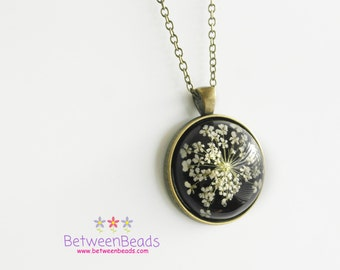 Black Pressed Flower Necklace, Flowers Necklace, Real Flower, Leaf Pendant, Gift Resin Flower Jewelry, Real Dried, ONLY BLACK AVAILABLE