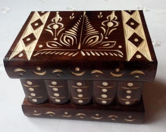 Puzzle box jewelry box new beautiful special handcarved wooden secret magic brain teaser storage box, professional design treasure challenge