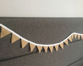 Hessian Bunting - Mini Flags - Crochet Lace - White - Shabby Chic - Wedding Decor - Home Decor - Burlap