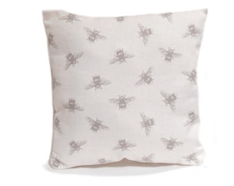 bee cushion cover, bee print pillow case, pillow cover, throw pillow, bees, decorative pillow