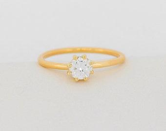 Round Brilliant Cut Diamond Ring Set With 0.50 Carat Center (Half Carat Round Diamond) Set in 6 Prongs, Diamond Engagement Ring