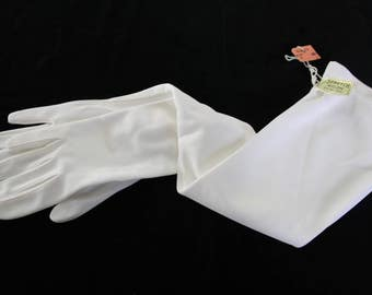 Women's UNUSED Vintage ivory /cream white long gloves, wedding /bridal, formal gloves, stretch nylon, one size, pearl button closure