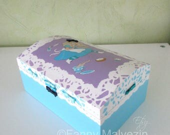 Alice in Wonderland box