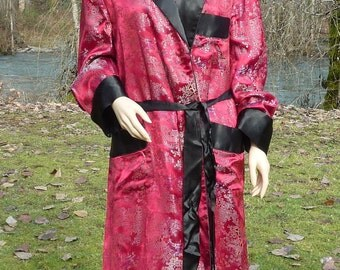 48 ROBE Red & Black Satin Kimono With Belt Hangzhou China Marsala Red and Black Lounging Robe Like Hugh Might Wear At The Mansion Parties