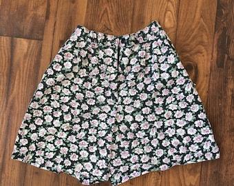 Vintage Floral Highwaisted Shorts