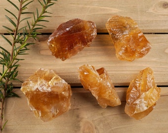 One Medium Orange CALCITE Crystal - Honey Calcite Raw Crystal Specimen, Healing Crystal, Healing Stone, Chakra Crystal, Energy Crystal E0173