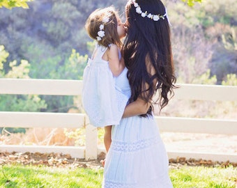 White Flower Girl Crown, White Flower Crown, Flower Girl Halo, Flower Crown Baby, Flower Girl Flower Crown,Elegant Flower Girl Crown,