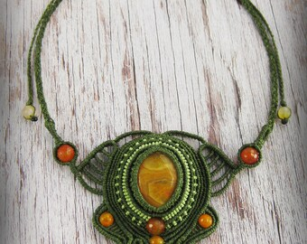 Ethnic macrame necklace, orange agate necklace, green necklace, hippie boho necklace, stone necklace, jewelry agate stone spring summer.
