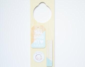 """Wooden Door Hanger """"Mint"""""""