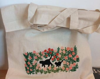 Cat Tote Bag. Embroidery Tote bag.  Eco Tote. Beach bag. Shopping bag.Embroidered Bag. Tote bag. Market bag. Flowers