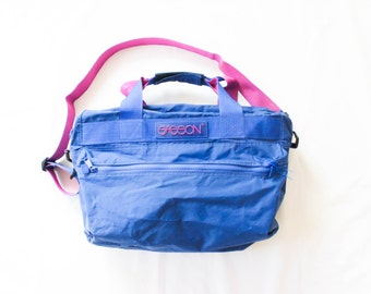 80's Sasson Duffel Bag in Pink and Blue . Large Duffle Bag . 1980s 90s 1990s . Retro Duffel . Overnight Carryon Luggage Carry On