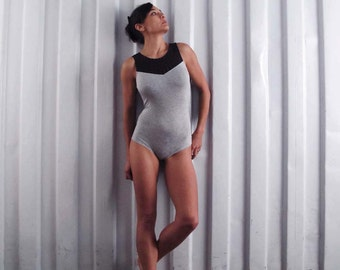 Mesh back bodysuit. Yoga clothes - leotard - unitard - dance wear - athleisure. Misty grey - black. Size SM and ML