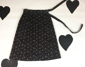 70's calico floral printed cotton corduroy wrap skirt 1970's folk hippie prairie adjustable romantic tiny floral print adjustable skirt S M