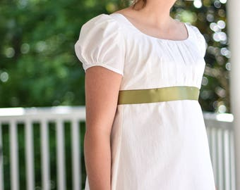 Cotton Regency Gown, Reenactment, Costume, Soft White, Sage ribbon, Size Misses 4