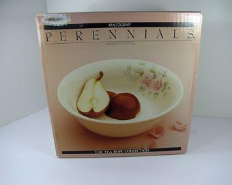 Vintage Pfaltzgraff TEA ROSE VEGETABLE Bowl NeW in Never Opened Box Stoneware NiP