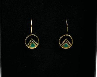 Boucles d'oreilles créoles Encke ,laiton doré à l'or fin 24K, émail vert